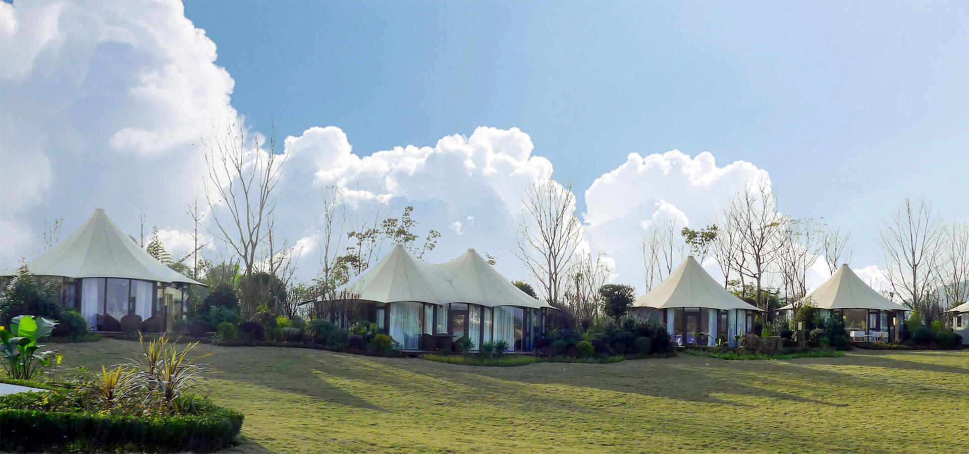 luxury lodge tent for glamping resort