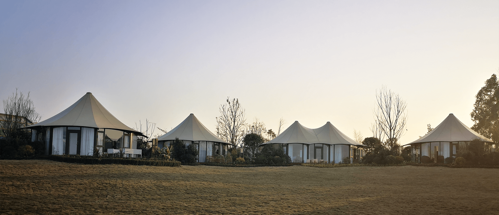 luxury lodge glamping tent