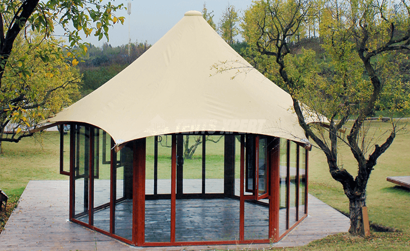 vacation lodge tent