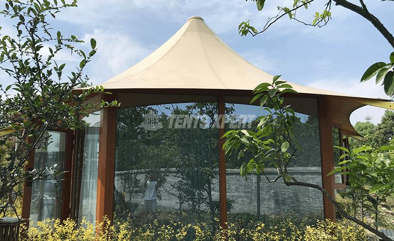 hexagonal lodge tent