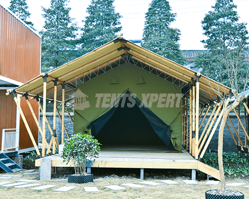 High-quality Safari Tent 01
